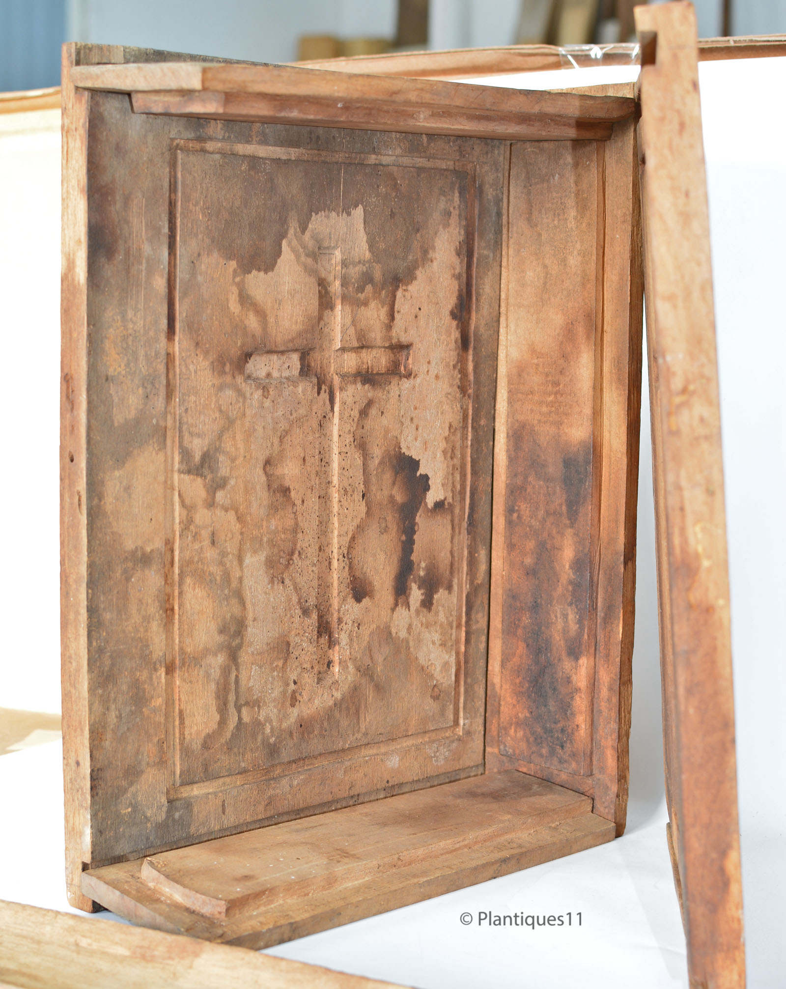 Bible cross large wood carved maple sugar mold french